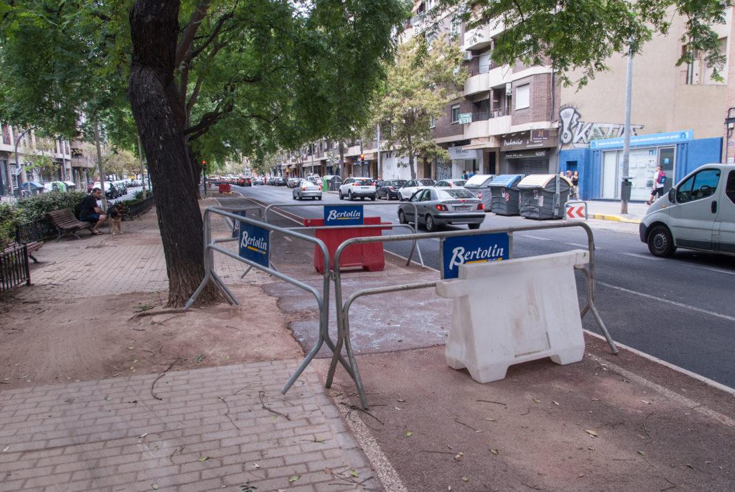 Imatge de la reparació del carril bici en Manuel Candela/ Ajuntament de València