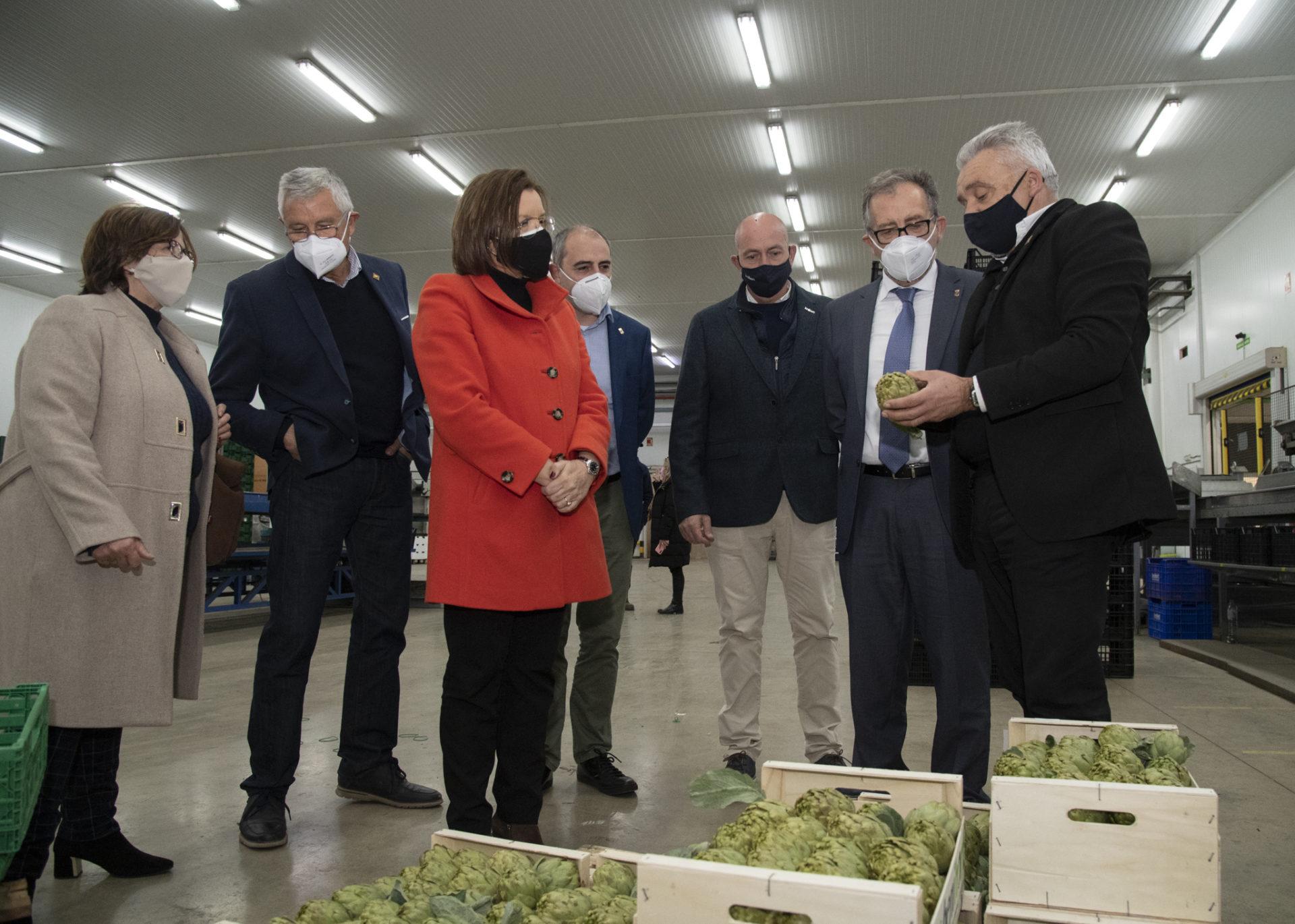Imagen de archivo de la visita en enero de José Martí, Santi Pérez y Xaro Miralles a las instalaciones de Benihort