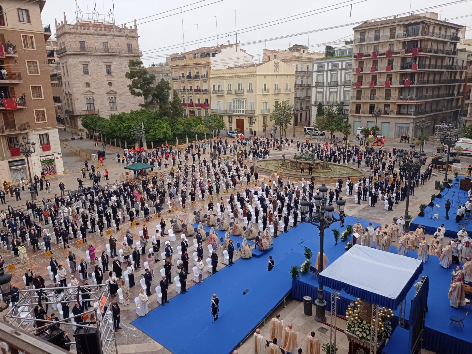 Misa d'Infants en la Plaza de la Virgen