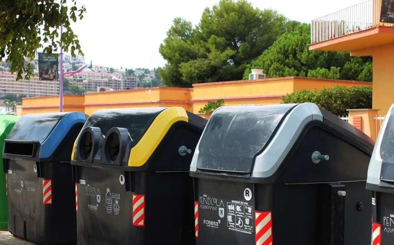 contenedores de rsu papel y plástico