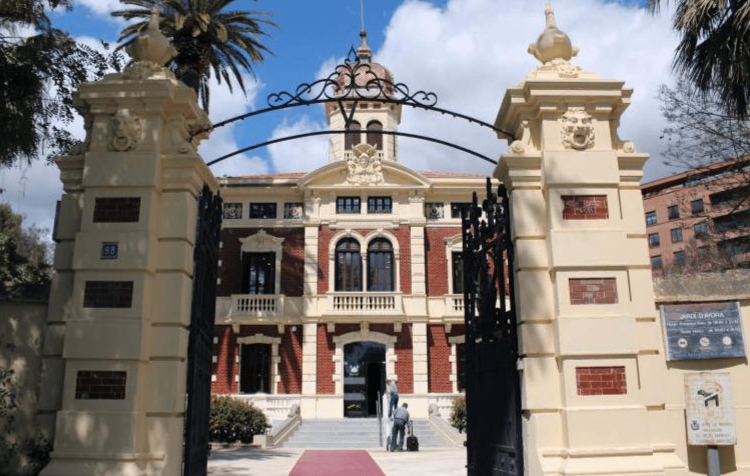 Universitat Popular Valencia