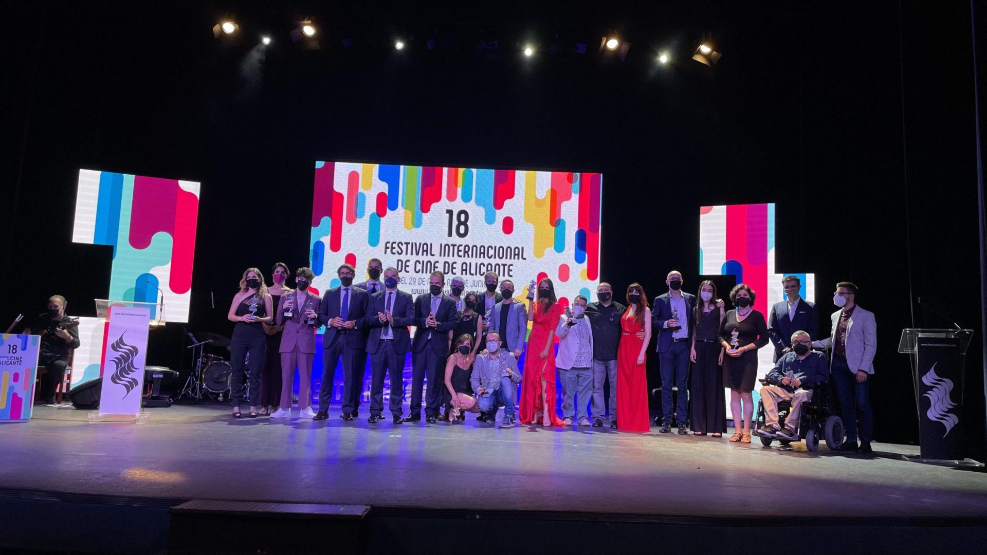 Imagen de todos los premiados del 18º Festival de Cine de Alicante