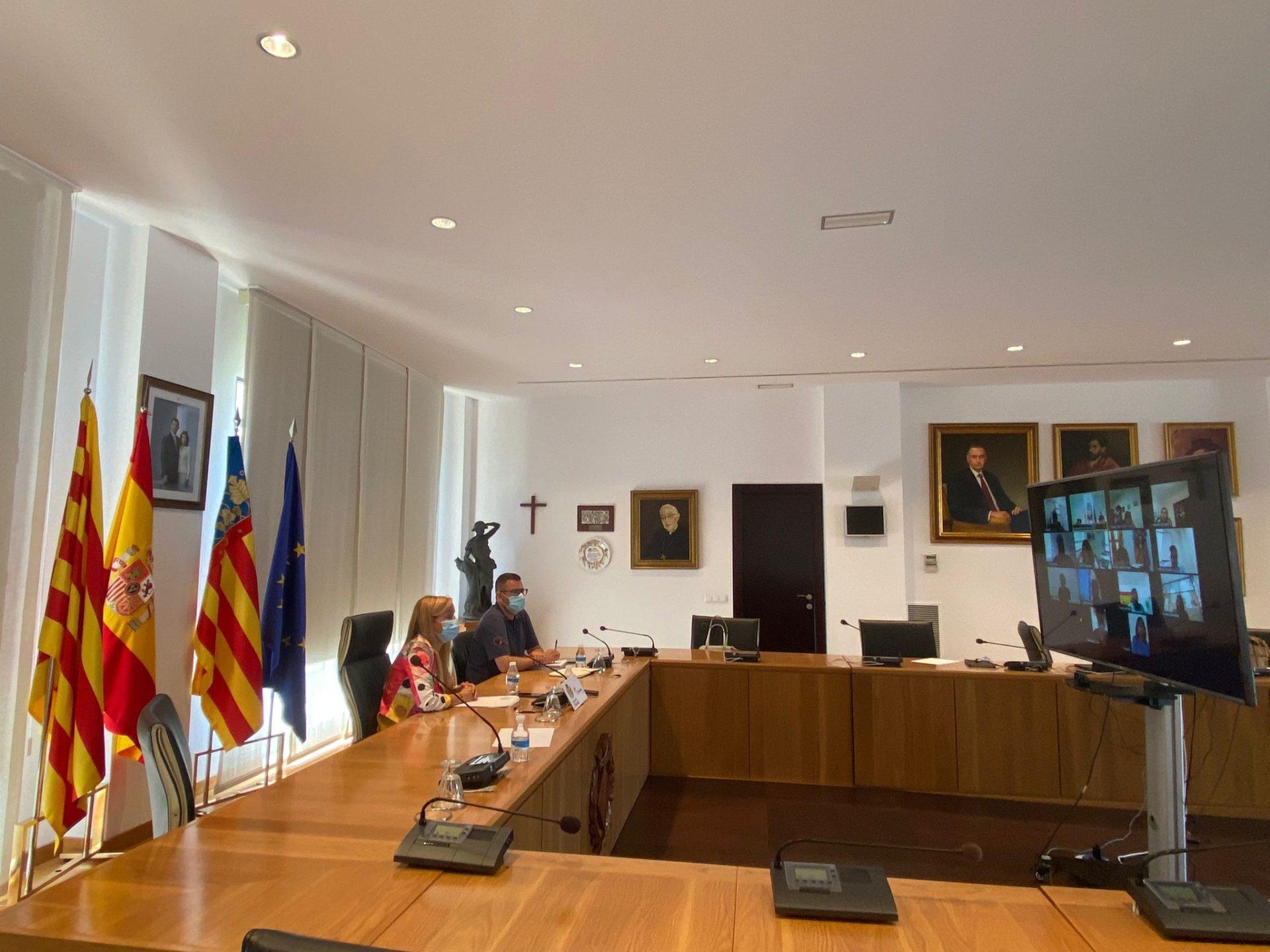 Reunión comisión convivencia peñas